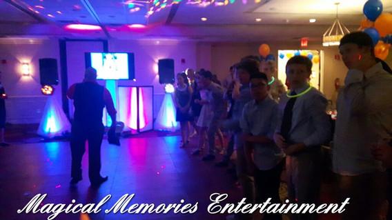 Magical-Memories-Entertainment-Mc-At-Night-Party.jpg