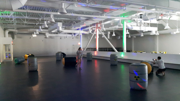 Laser-Game-Inflatable-Obstacle-With-Kids.jpg