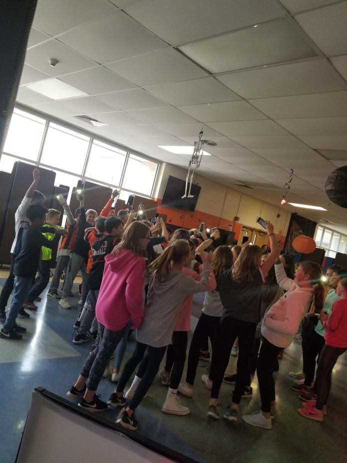 Kids-Dance-Activity.jpg