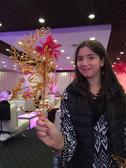 Elegant-Candy-Sculpture-For-Parties.jpg