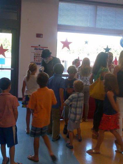 Mimes-At-Kids-Party.jpg