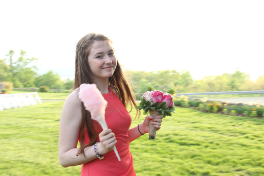 Bridesmaid-With-Cotton-Candy.JPG