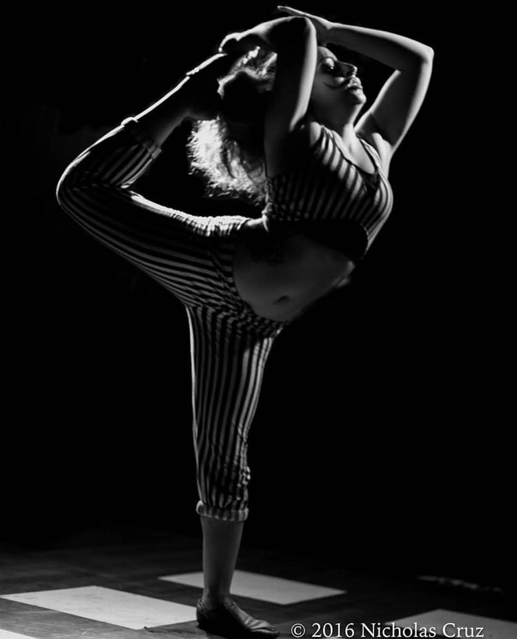 Show-Artist-Balancing.jpg