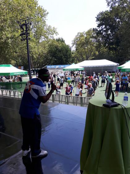 Man-Singing-Karaoke.jpg