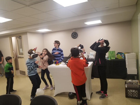 Virtual-Reality-For-Kids-At-Event.jpg