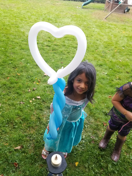 White-Heart-Balloon-Twisting-Kids-Party.jpg