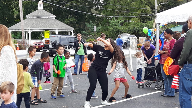 Magical-Memories-Dancing-With-Childrens.jpg