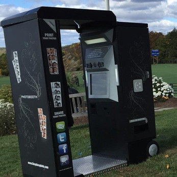Archade-Photo-Booth-For-Outdoor-Event.jpg