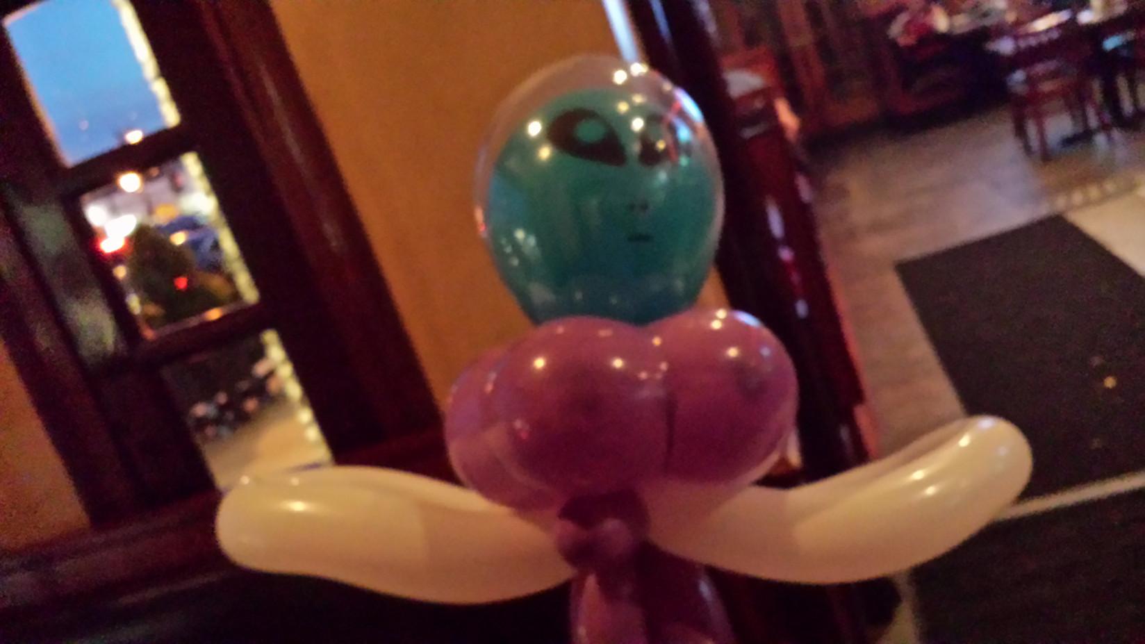 Halloween-Customized-Balloon-Twisting.jpg