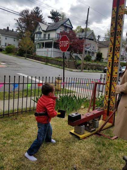 Kid-Playing-Carnival-game.jpg
