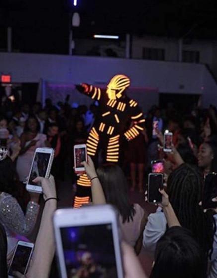 Led-Robot-Stilt-Walker-At-Event.jpg