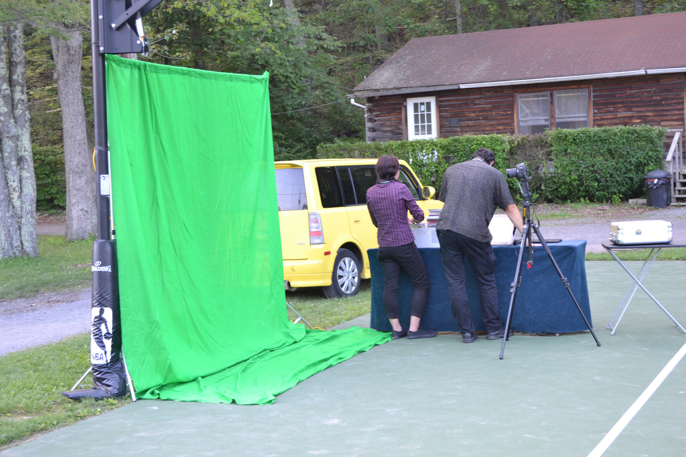 Outdoor-Green-Screen-Photo-Booth.JPG