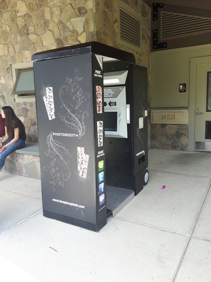 Arcade-Photo-Booth-For-Rent.jpg