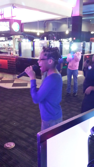 Girl-Karaoke-Singing.jpg