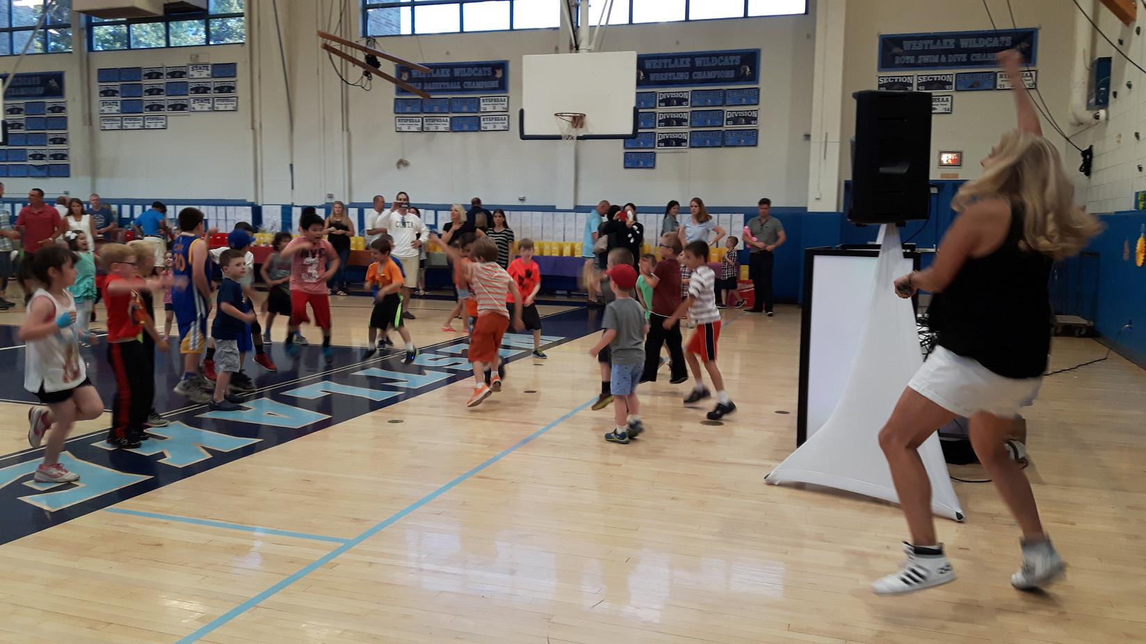Kids-Dance-Activity-At-School.jpg