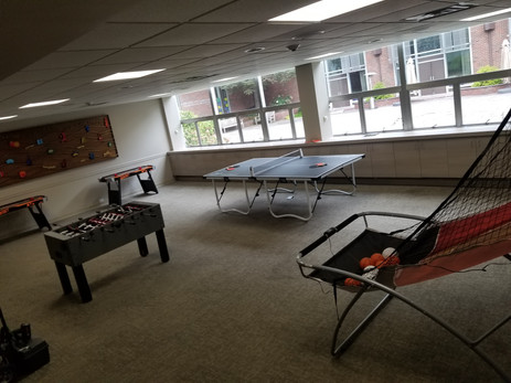 Arcade-Games-Table-For-Rent.jpg