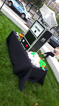 Outdoor-Classic-Photo-Booth.jpg
