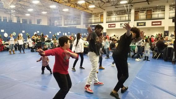 Lead-Motivational-Dancers-In-Event.jpg