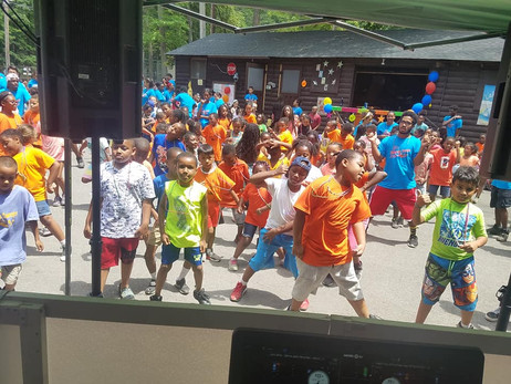 Festival-Show-With-Childrens.jpg