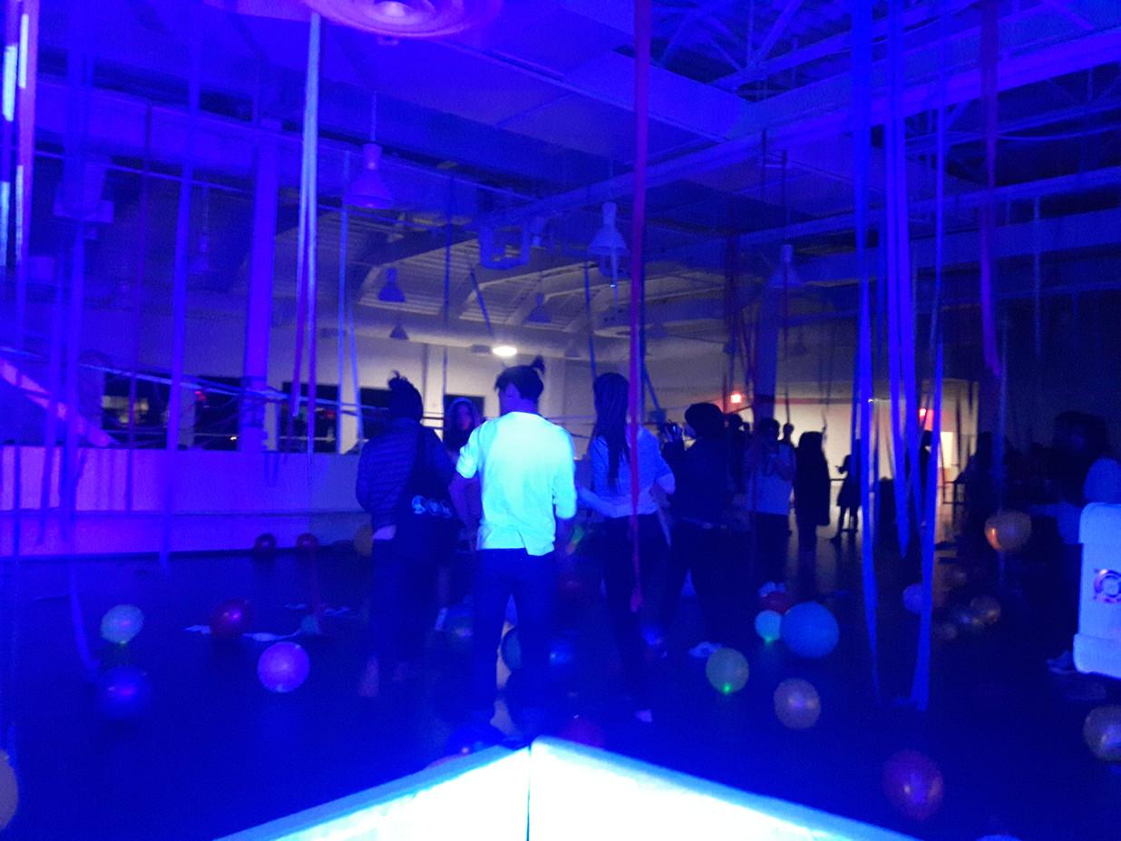 UV-Black-Light-Party