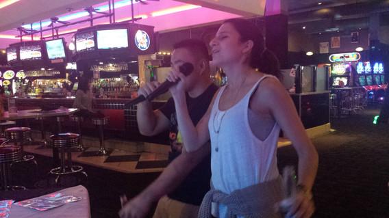 Couple-Singing-Duet.jpg