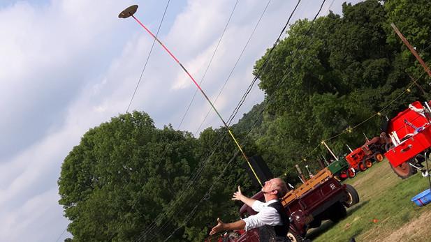 Balancing-Juggling-Using-A-Chin.jpg