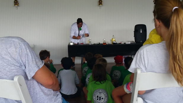 Science-Station-With-Kids.jpg