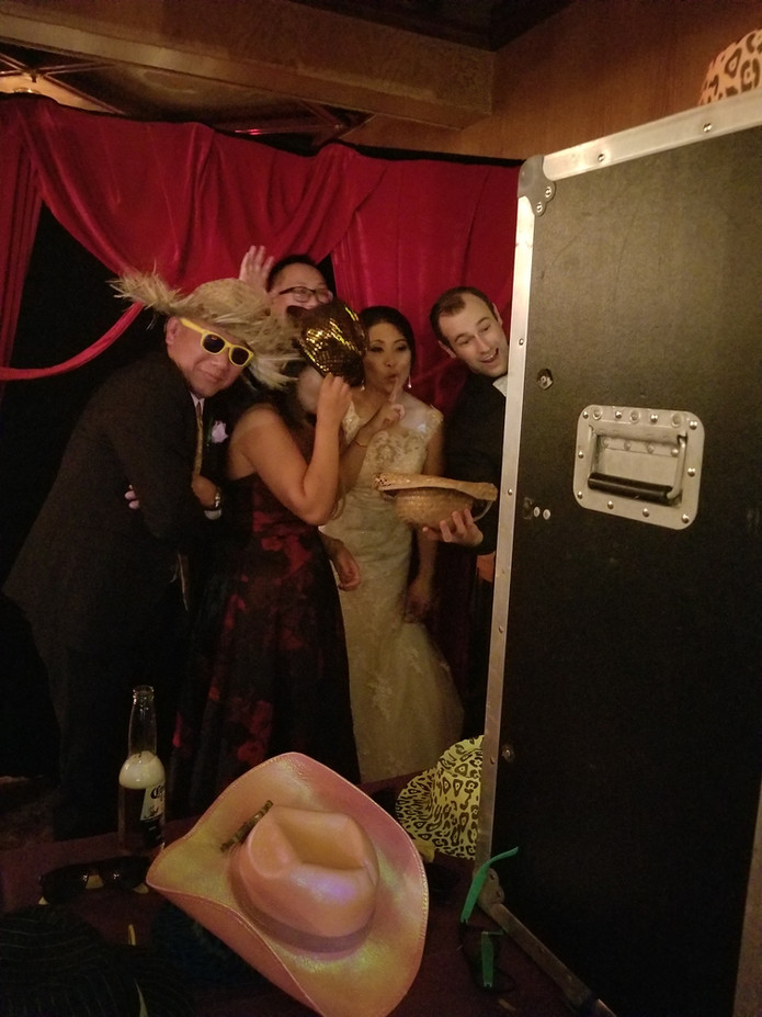Open-Air-Photo-Booth-For-Party.jpg
