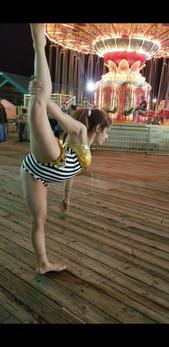 Circus-Contorion.jpg