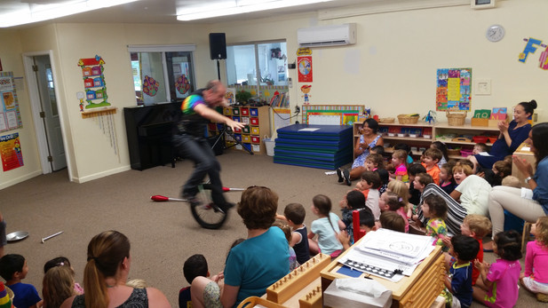 Unicycle-Workshop-With-The-Kids.jpg