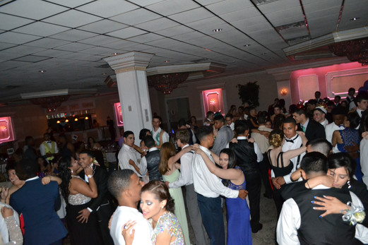 Prom-Party-Sweet-Dance.JPG