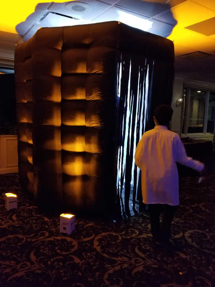 Black-Inflatable-Photo-Booth-For-Party.jpg