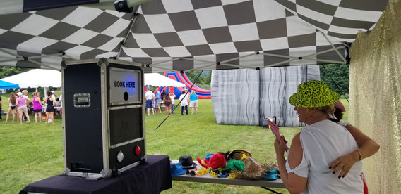 Open-Air-Photo-Booth.jpg