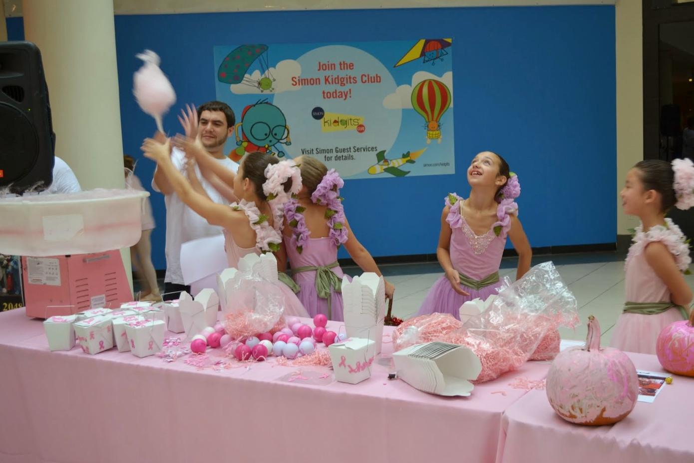 Cotton-Candy-Party.JPG