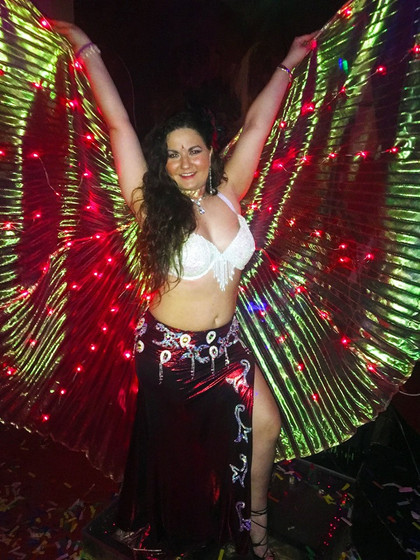 Belly-Dancer-For-Parties.jpg