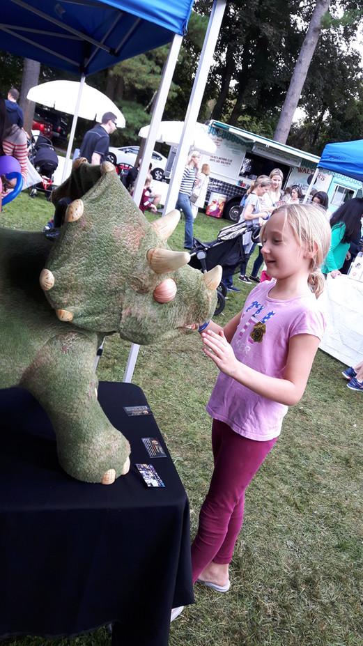 Animatronic-Dinosaur-At-Kids-Event.jpg