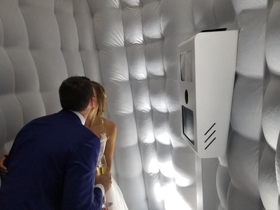 Wedding-White-Inflatable-Photo-Booth.jpg