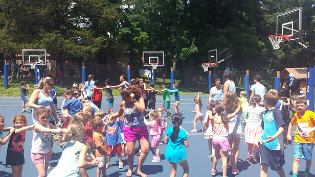 Kids-Game-At-Basketball-Court.jpg