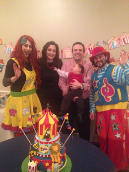 MME-Clowns-For-Birthday-Party.jpg