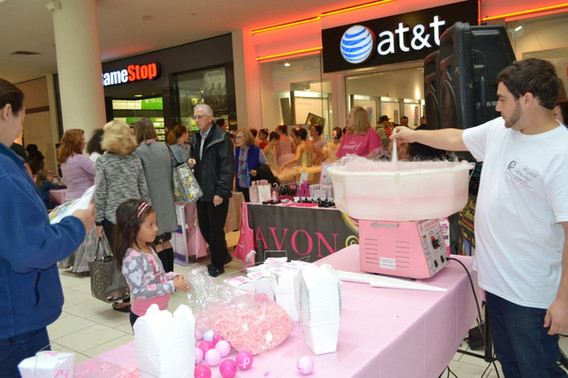 Cotton-Candy-Machine-For-Event.JPG
