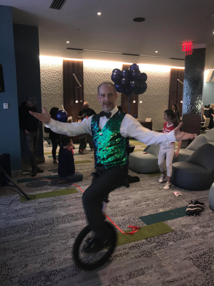 Circus-Unicyclist-For-Hire.jpg