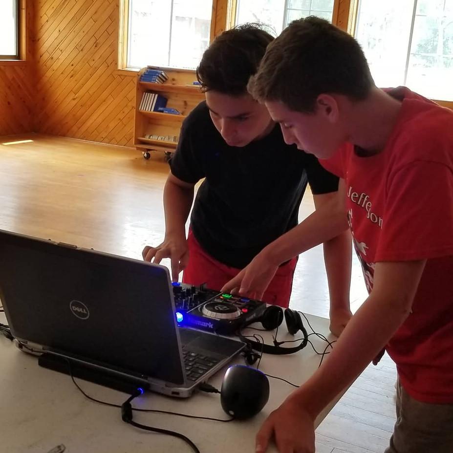 Dj-Workshop-Of-Boys.jpg