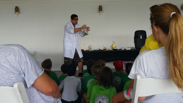 Science-Show-At-Lab.jpg