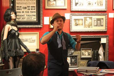 Singer Naathan Phan