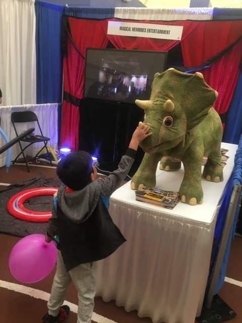 Dinosaur-At-Party-With-A-Boy.jpg