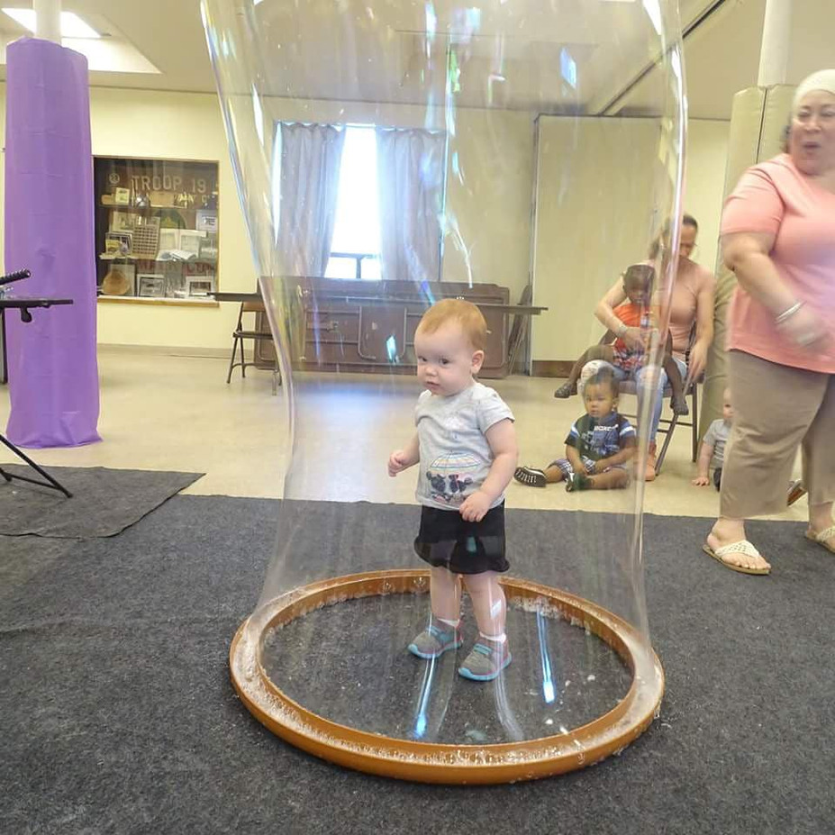 Life-Size-Bubble-With-Toddler.jpg