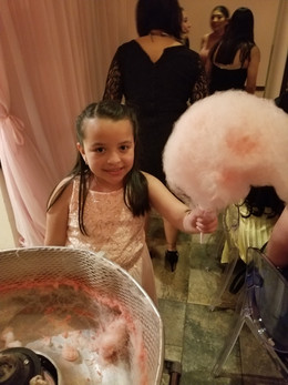 Cotton-Candy-Machine-For-Party.jpg