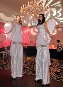 Stilt-Walker-Angels.jpg