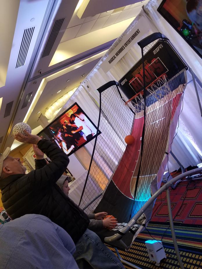 Double-Shot-Basketball-Arcade-Game.jpg