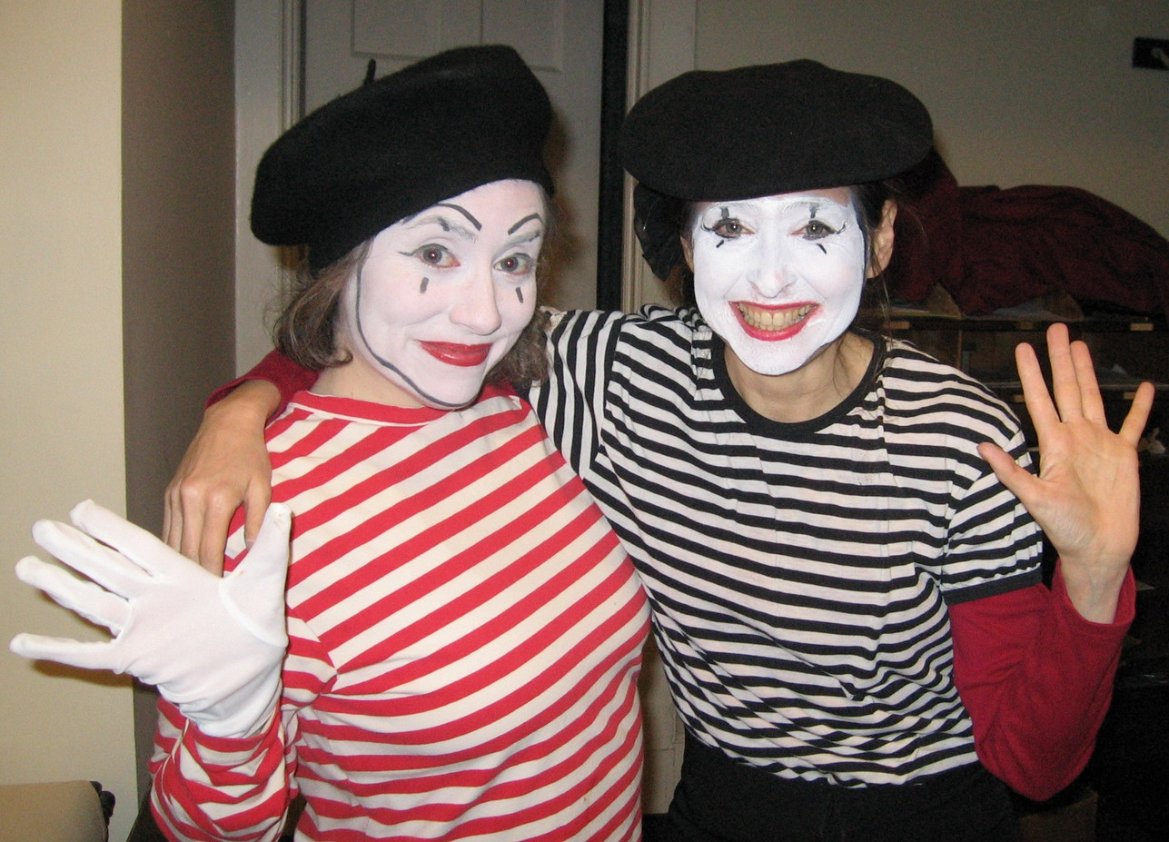 Lady-Mimes-For-Events.jpg